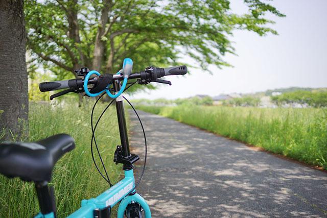 自転車のアップと武庫川サイクリングロード