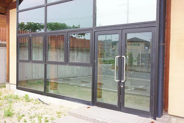 プチムッシュ跡地の玄関