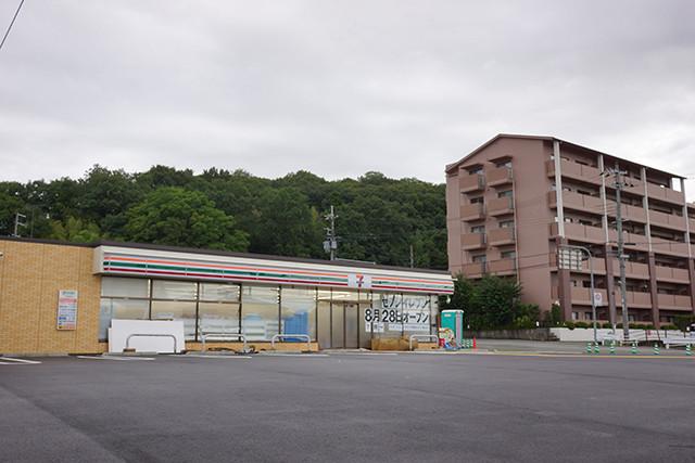 7-eleven-miwa-open-09