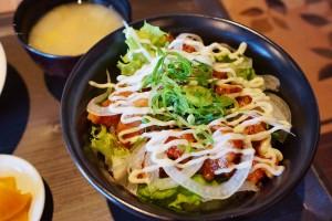 魚と鶏と粋な酒「田助」(でんすけ)のコースランチ。お昼から贅沢すぎて悶絶!