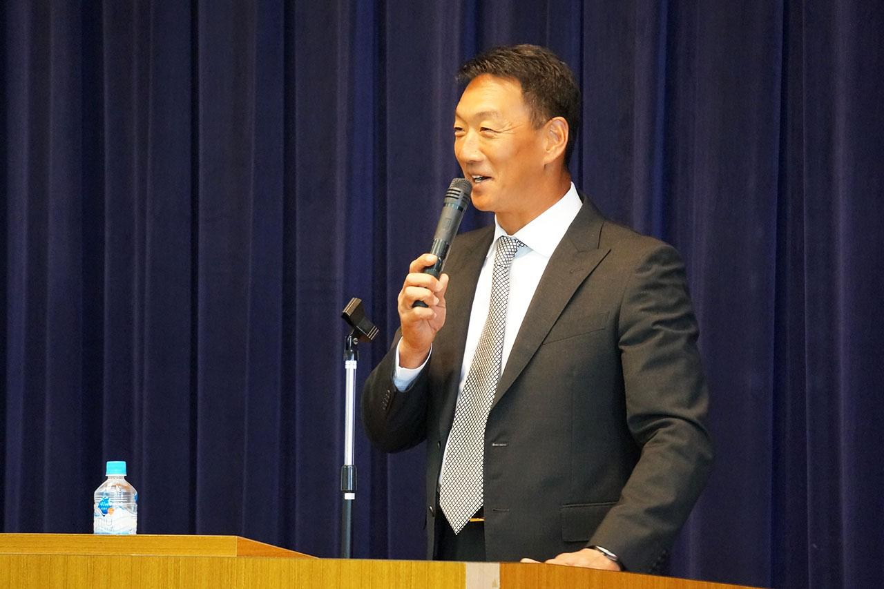 阪神タイガースの金本知憲監督が三田市にやってきた!