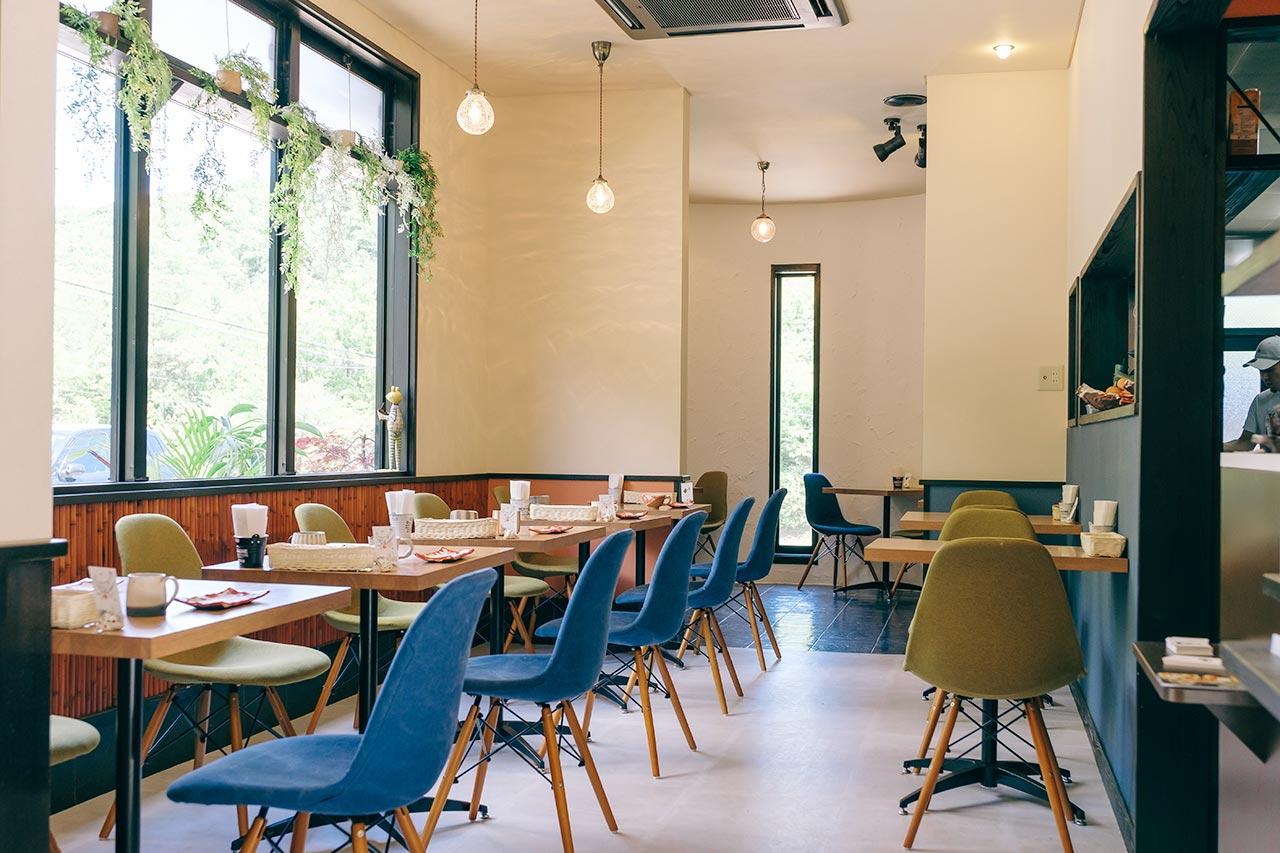 丹波立杭 YAMATO cafe(ヤマトカフェ)の店内