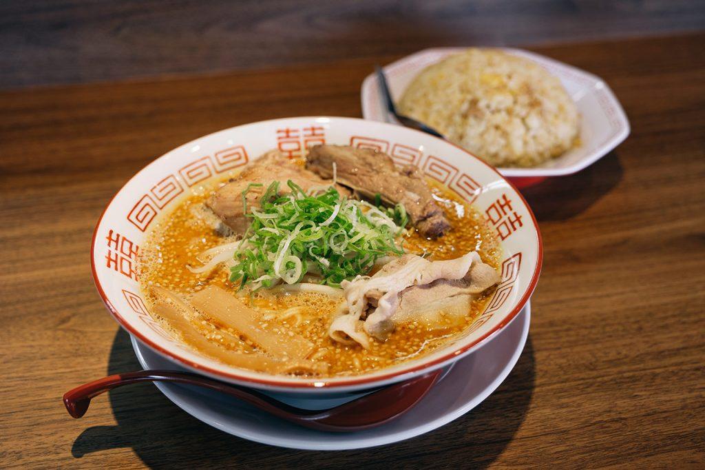 旨いラーメンゆうや三田スープ工房店で濃厚熟成胡麻味噌らーめんを食べてきたよ!