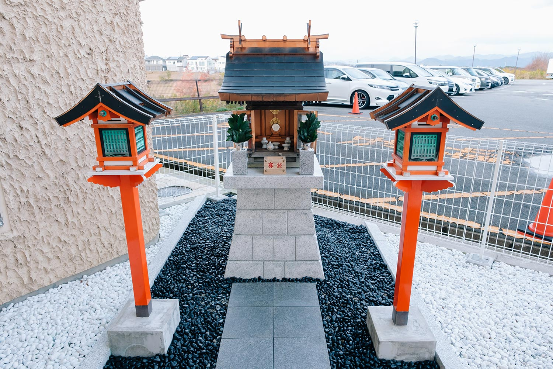 三田ホテルにウッディタウン初の稲荷神社「神戸三田 幸せ神社」ができてた